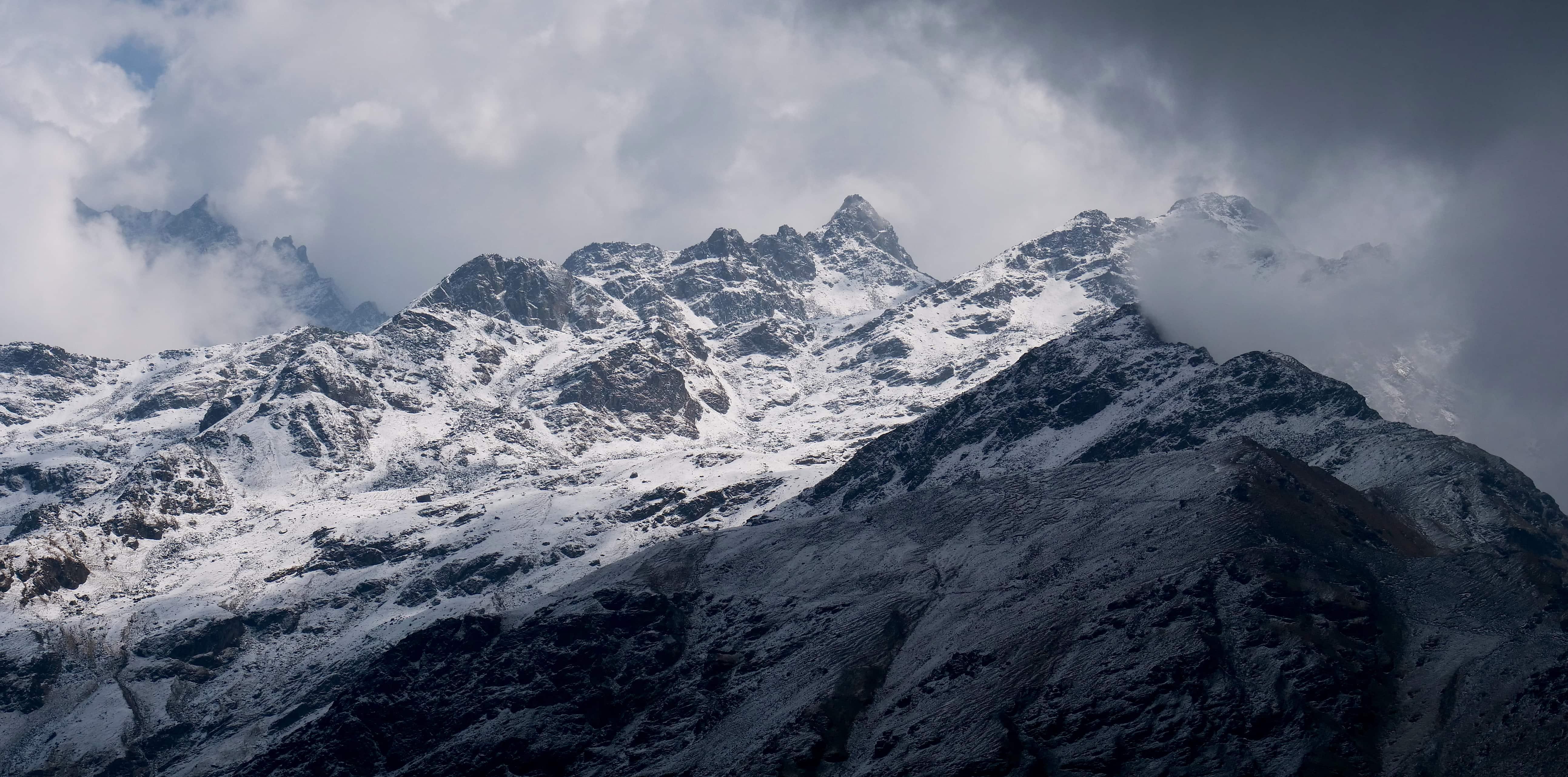 Field Recording nepal himalaya David kamp studiokamp mountain ridge header
